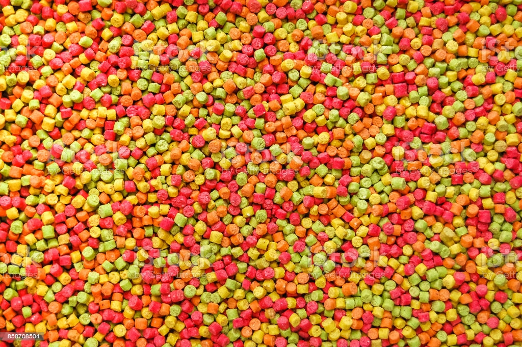 Pellets: Another Food for Parrots
